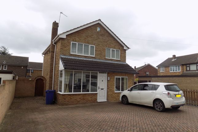 Thumbnail Detached house to rent in Clovelly Road, Edenthorpe, Doncaster