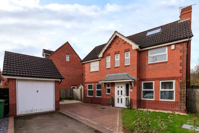 Thumbnail Detached house for sale in Young Close, Chase Meadow Square, Warwick