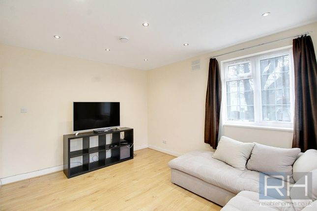 Thumbnail Flat to rent in Arnos Grove Court, Palmers Road, Friern Barnet, London