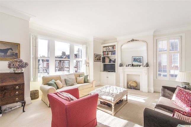 Thumbnail Maisonette for sale in Dagnan Road, London