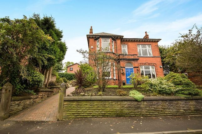 Thumbnail Detached house for sale in Mottram Road, Hyde