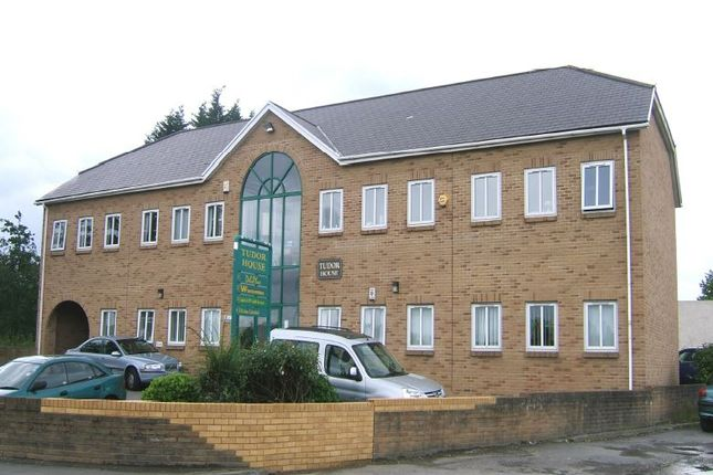 Thumbnail Office to let in Well Presented Office Suite, Tudor House, Coychurch, Bridgend