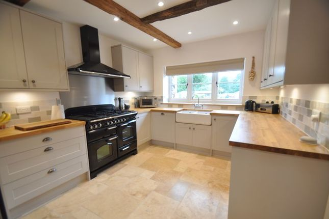 Kitchen/Diner of Hares Lane, Hartley Wintney, Hook RG27