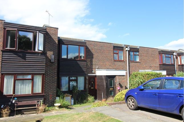 Thumbnail Maisonette for sale in Wood Dale, Great Baddow, Chelmsford