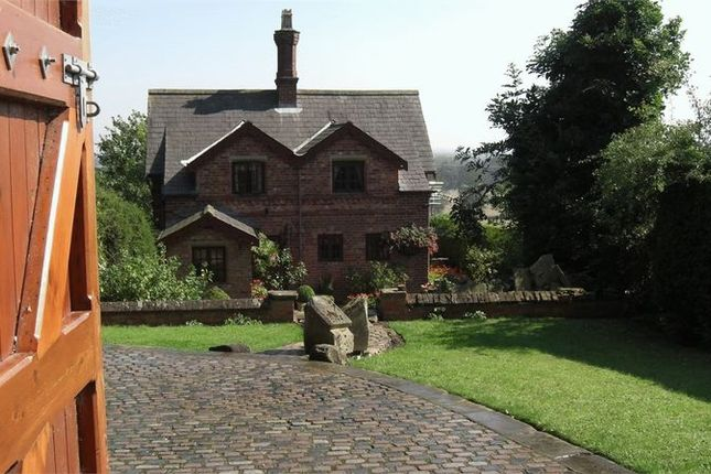 Thumbnail Cottage for sale in Hawerby, Grimsby