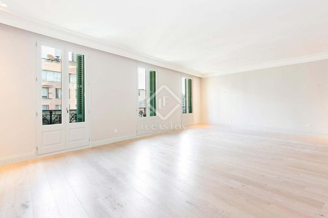 Apartment for sale in Spain, Barcelona, Barcelona City, Eixample Right, Bcn17942