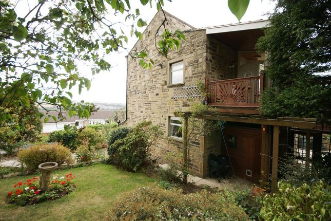 Thumbnail Detached house for sale in Vine Grove, Clifton, Brighouse