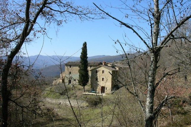 2 bed farmhouse for sale in Trestina Pg, Italy