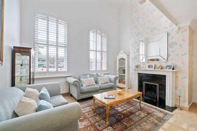 Thumbnail Flat for sale in Ellesmere Place, Walton-On-Thames