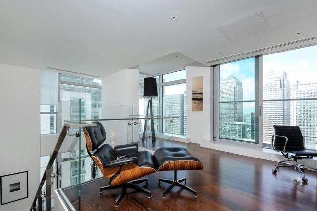 Thumbnail Flat to rent in Pan Peninsula, Milharbour, Canary Wharf, London