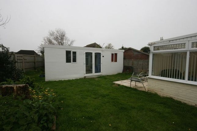 Garden Cabin of Large Acres, Selsey, Chichester PO20
