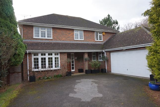Thumbnail Detached house to rent in Clare Park, Amersham