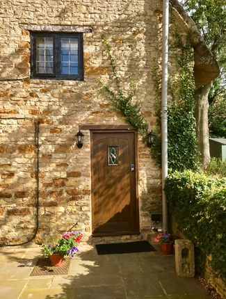 Thumbnail Cottage to rent in High Street, Gretton, Corby