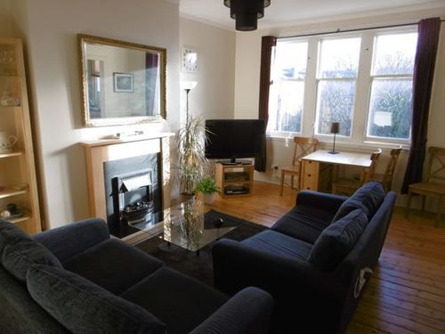 Thumbnail Flat to rent in Comely Bank Road, Edinburgh