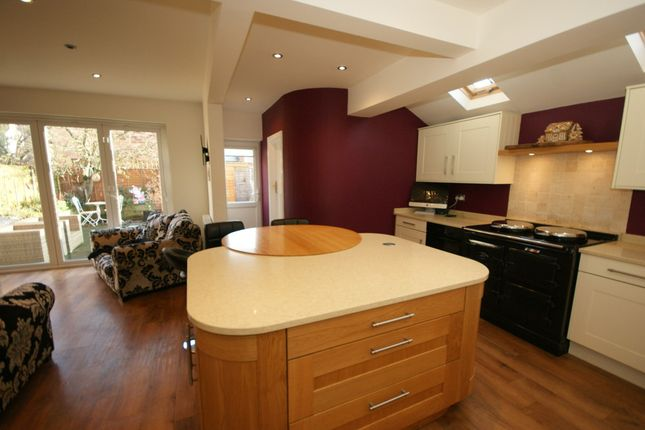 Thumbnail Town house for sale in Sherbourne Terrace, Clarendon Street, Leamington Spa