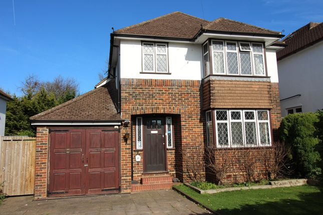 Thumbnail Detached house for sale in Melvinshaw, Leatherhead