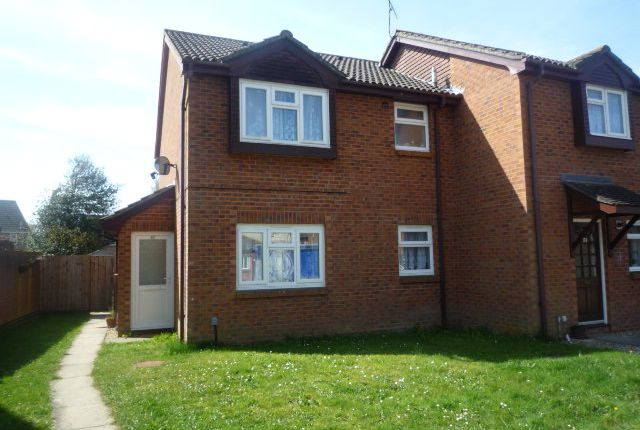 End terrace house to rent in Harkness Drive, Waterlooville