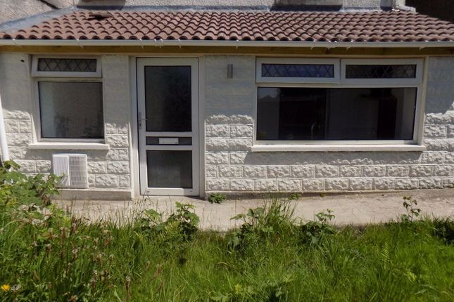 Thumbnail Flat to rent in Church Road, Llansamlet, Swansea