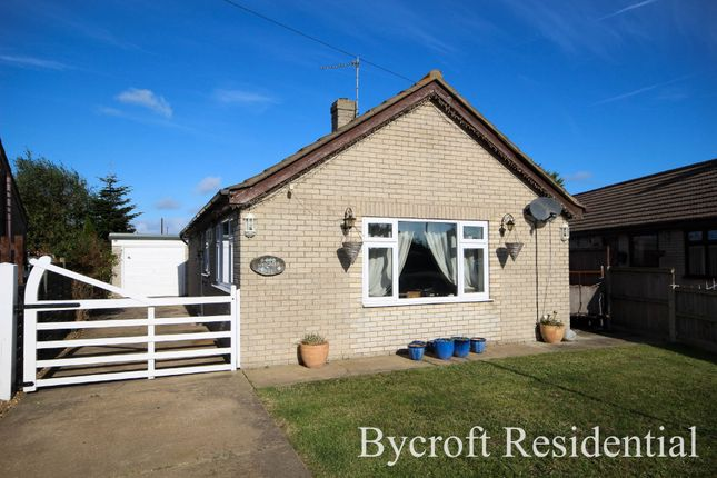 Thumbnail Detached bungalow for sale in Nightingale Close, Scratby, Great Yarmouth