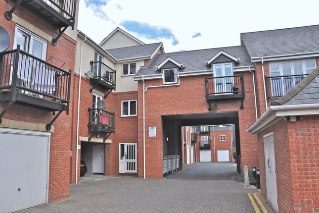 Thumbnail Flat for sale in Mill Street, Evesham