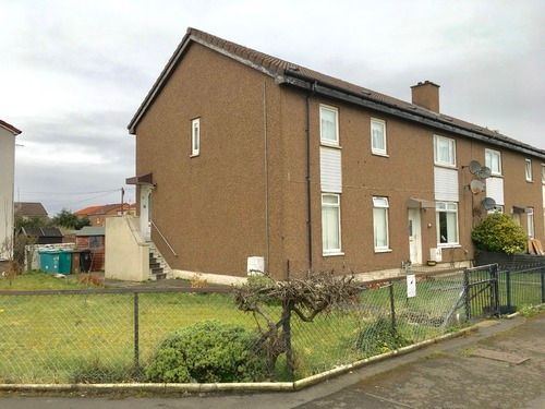 3 bed flat to rent in Wrangholm Drive, Newstevenson