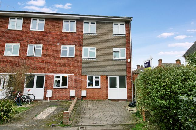 Thumbnail Property to rent in De Vere Lane, Wivenhoe, Colchester