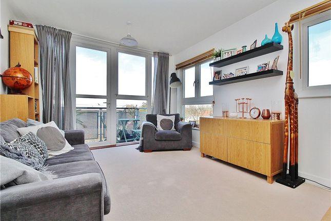 Flat for sale in Challenge Court, Langhorn Drive, Twickenham