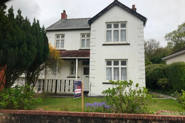 Thumbnail Detached house to rent in Pentregwenlais Road, Llandybie, Ammanford