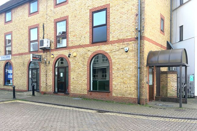 Thumbnail Retail premises to let in 15-17 Reeves Way, South Woodham Ferrers, Chelmsford