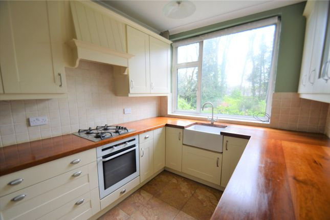Thumbnail Detached house to rent in The Avenue, Coulsdon
