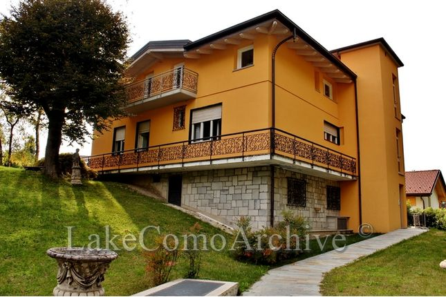 7 bed villa for sale in
