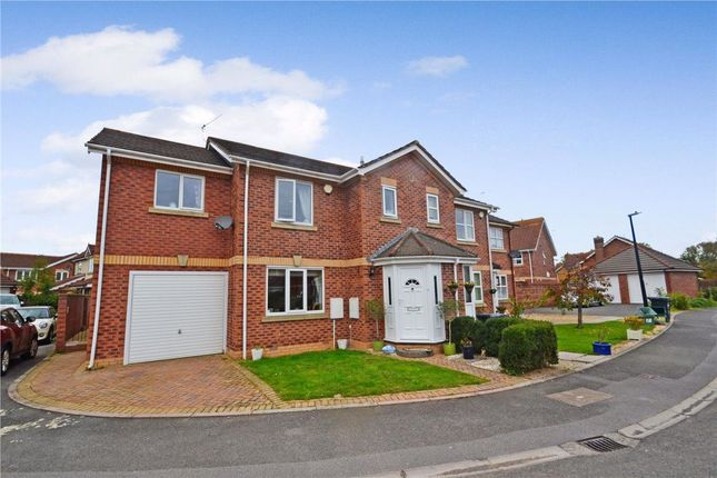 4 bed property to rent in Heron Gardens, Portishead, Bristol BS20