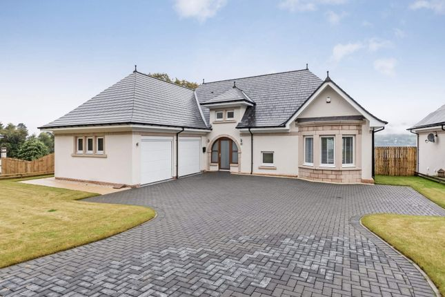 Thumbnail Detached house for sale in 11 Kings Point, Helensburgh