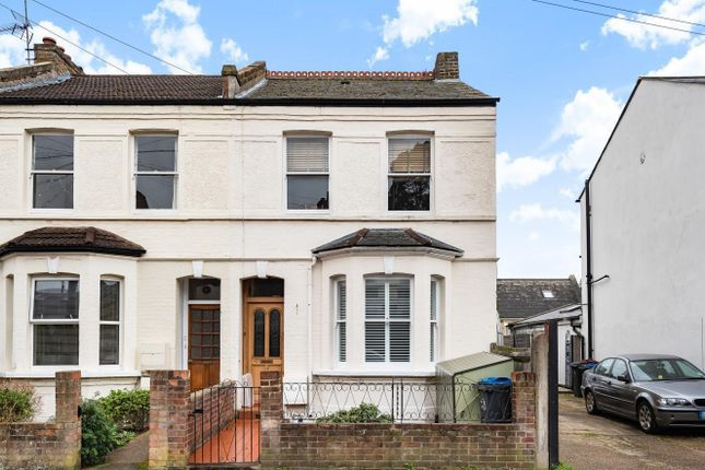 Thumbnail Property for sale in Cowdrey Road, Wimbledon