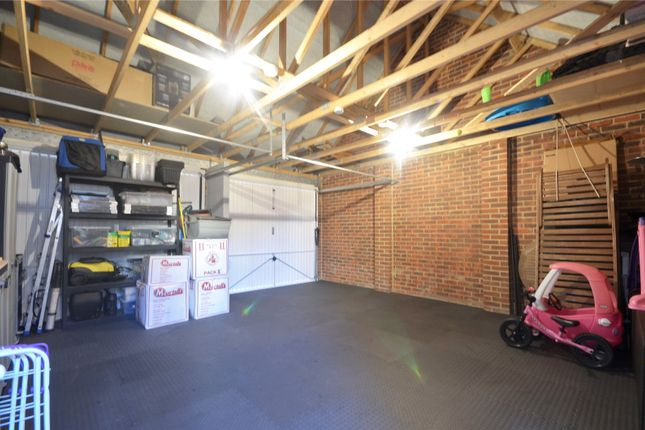 Double Garage of The Acres, Horley RH6