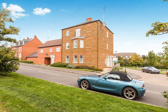 Thumbnail Flat for sale in Lord Fielding Close, Banbury