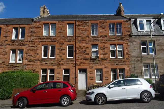 Thumbnail Flat to rent in Hawarden Terrace, Perth