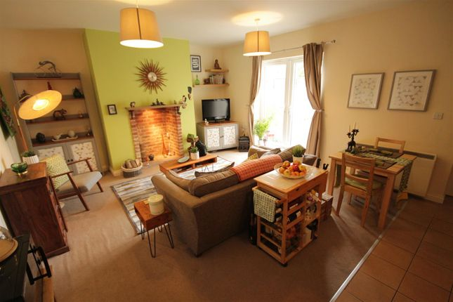Thumbnail Flat for sale in High Street North, Langley Moor, Durham