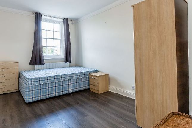 Thumbnail Flat to rent in Maygood Street, London