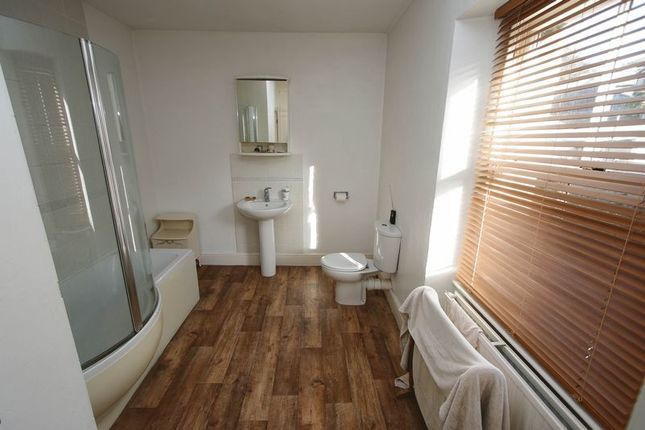 The Bathroom of Copse Road, Clevedon BS21