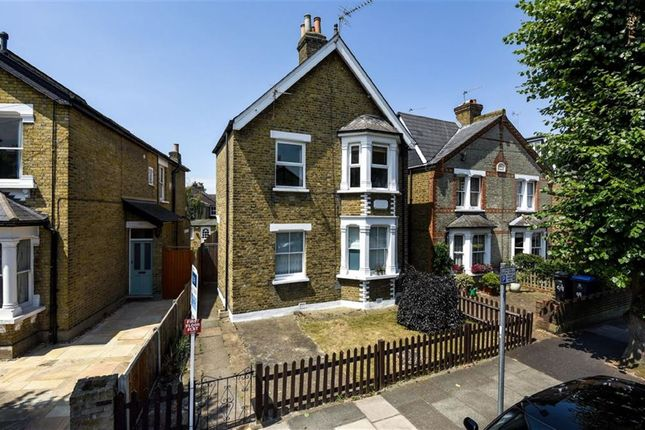 Thumbnail Flat to rent in Canbury Avenue, Kingston Upon Thames