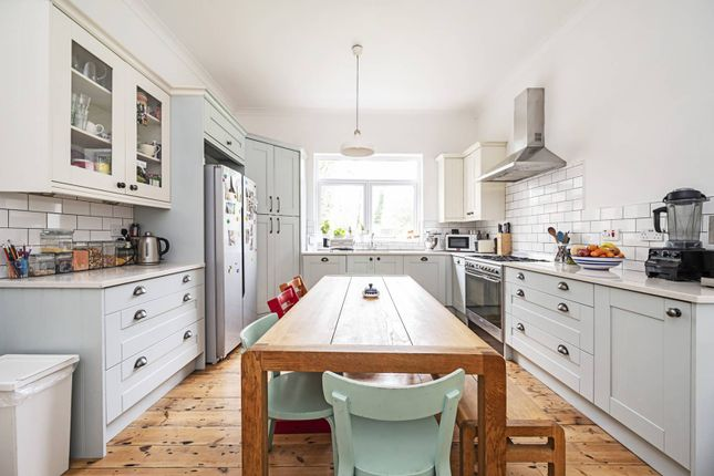 Thumbnail Property to rent in Earlham Grove, Forest Gate, London