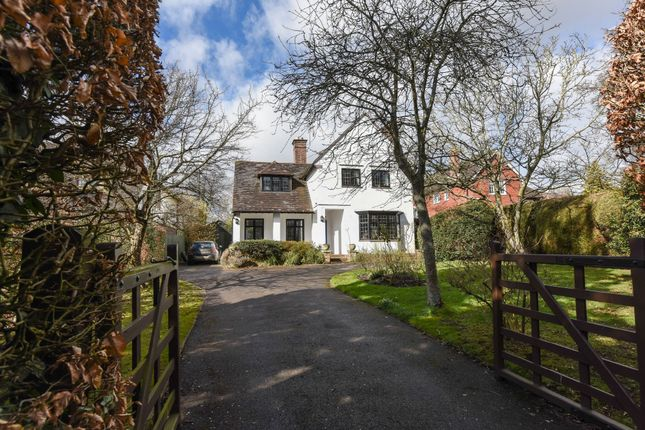 Thumbnail Detached house for sale in Bell Hill, Petersfield, Hampshire
