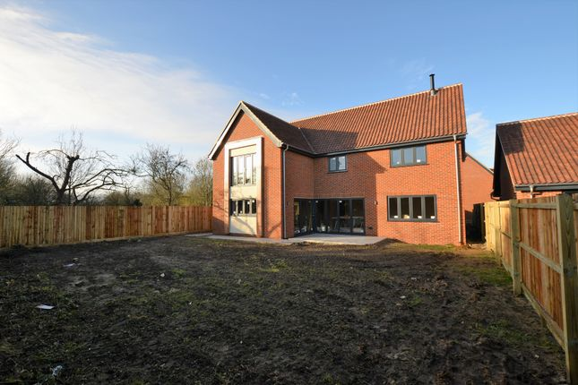 Thumbnail Detached house for sale in Greengate, Swanton Morley, Dereham