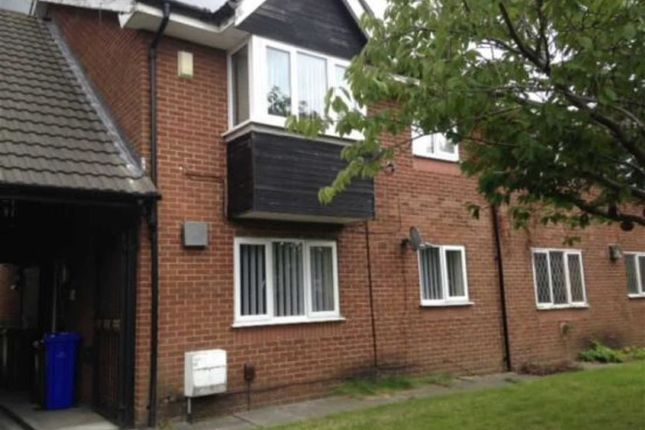 Thumbnail Flat to rent in St. Annes Road, Denton, Manchester