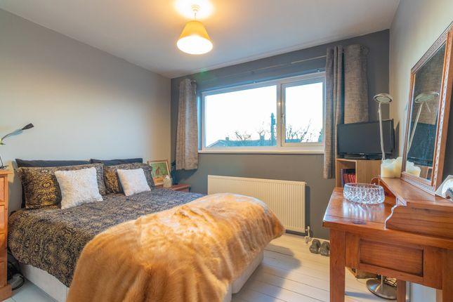 Bedroom 2 of St. Peters Close, Burnham, Slough SL1