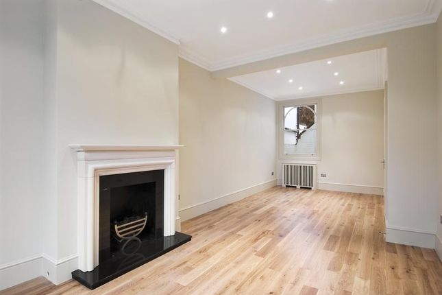 Thumbnail Terraced house to rent in Bagleys Lane, London