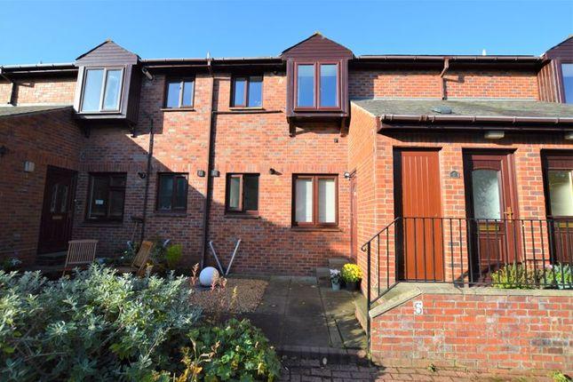 2 bed flat for sale in Grahams Yard, Alnwick NE66