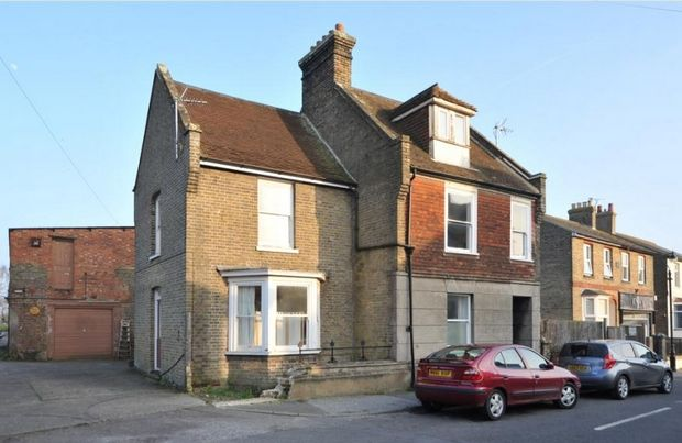 Thumbnail End terrace house to rent in High Street, Minster, Ramsgate