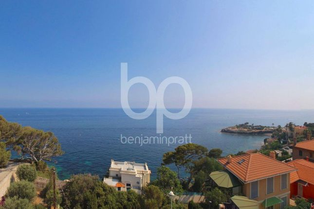 2 bed apartment for sale in Cap-D'ail, 06320, France